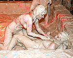Miss Skinnys Mud Dive