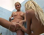 Sweet lesbian shower sex